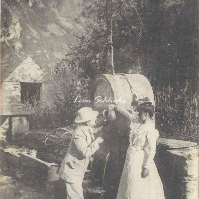 0 - 127 - Haute Vallée d'Aure, vieille fontaine à Tramezaygues