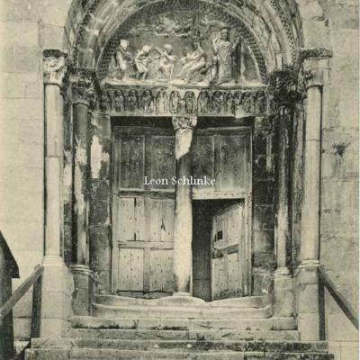 0 - 25 - St Bertrand de Comminges - Porte de la Cathédrale