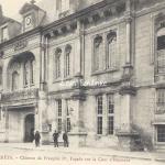 02-Villers-Cotterets - Château de Francois I° (Lib. Risse 20)