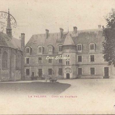 03-Lapalisse - Cour du Château (Ss edit)