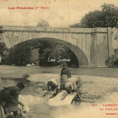 1 - 207 - Labroquère près Loures - Le Pont sur la Garonne