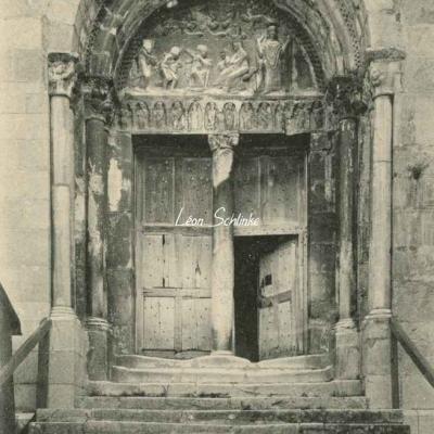 1 - 25 - St-Bertrand-de-Comminges - Porte de la Cathédrale