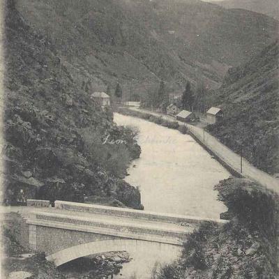 1 - 817 - Pont du Roy et la Garonne