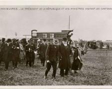 1 - En Manoeuvres - Le Président de la République et les Ministres dans les Cantonnements