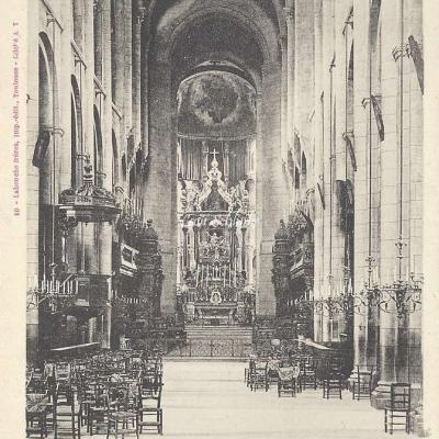 10 - intérieur de Saint-Sernin