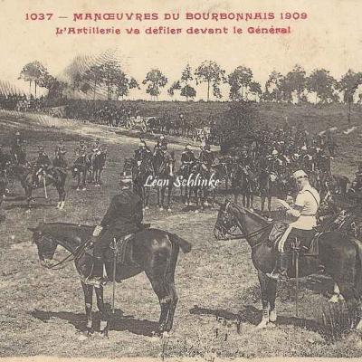 1037 - L'Artillerie va défiler devant le Général