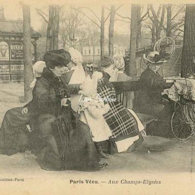 11 - Aux Champs-Elysées