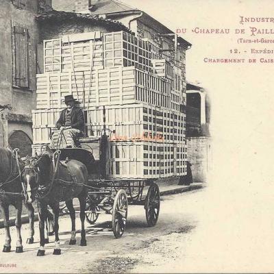 12 - Expéditions Chargement de Caisses à Chapeaux