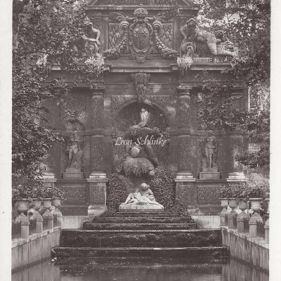12 - Jardin du Luxembourg - Fontaine Medicis