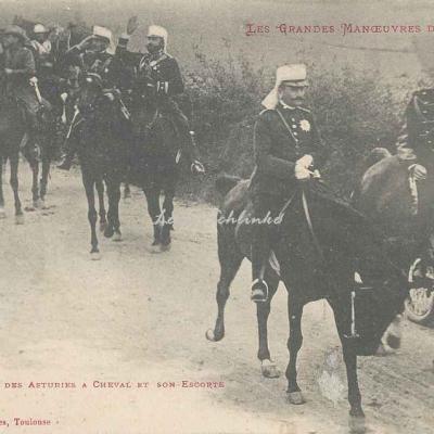 12 - Le Prince des Asturies à cheval et son escorte