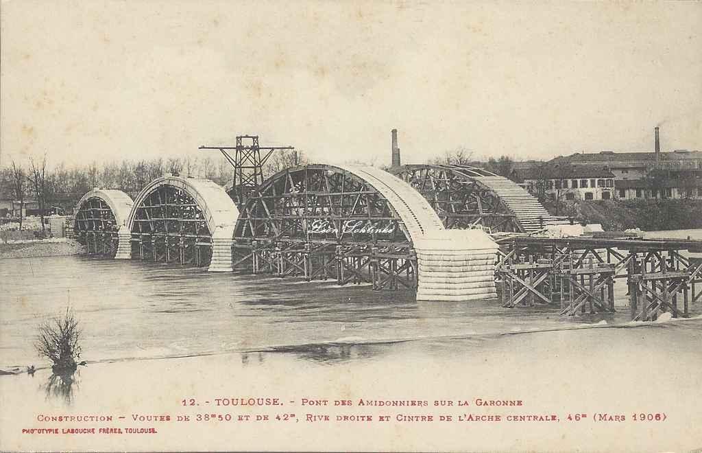 12 - Les 2 voutes et l'arche centrale rive droite (Mars 1906)