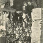 12 - Marchands d'antiquités