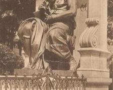 12 - Statue de Moïse, par Michel-Ange, reproduite par Barbedienne