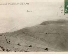 123 - Chavez traversant les Alpes