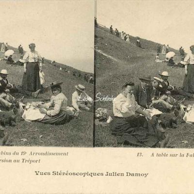 13 - A table sur la Falaise