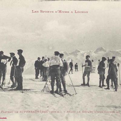 13 - Avant le départ d'une course en skis