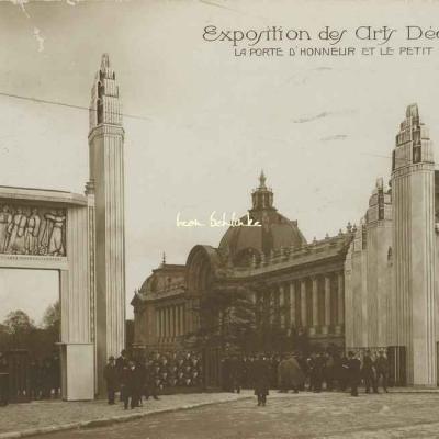 13 - La Porte d'Honneur et le Petit Palais