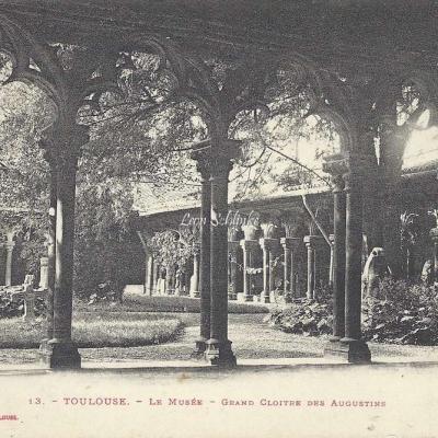 13 - Le Musée - Grand Cloître des Augustins