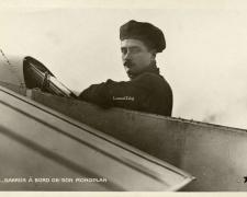 139 - Garros à bord de son monoplan