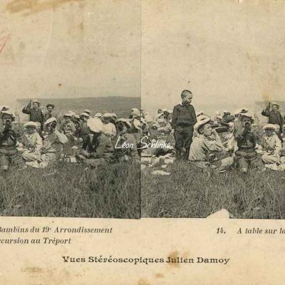 14 - A table sur la Falaise