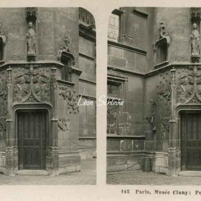 143 - Paris, Musée Cluny - Porte de la Tourelle