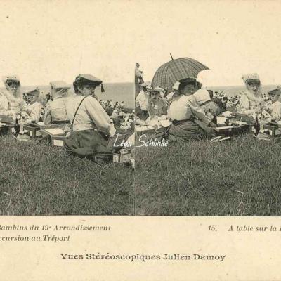 15 - A table sur la Falaise