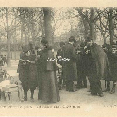 15 - Aux Champs-Elysées - La Bourse aux timbres-poste