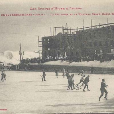 15 - La patinoire et le nouveau Grand Hôtel en construction