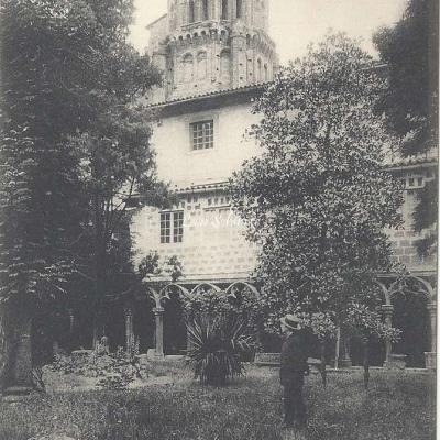 15 - Tour et Cloître du Musée