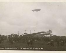 16 - Aux Manoeuvres - La garde du Monoplan