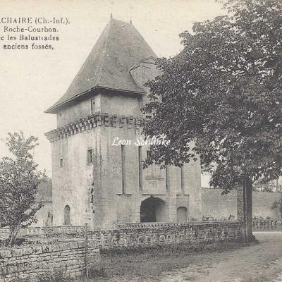 17-Saint-Porchaire - 30 - Château de La Roche-Courbon (L.Albert)