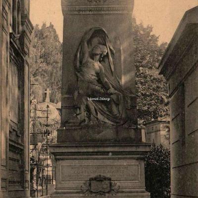 171 - Daniel Stern Comtesse d'Agout, Ecrivain, Monument par Chapu
