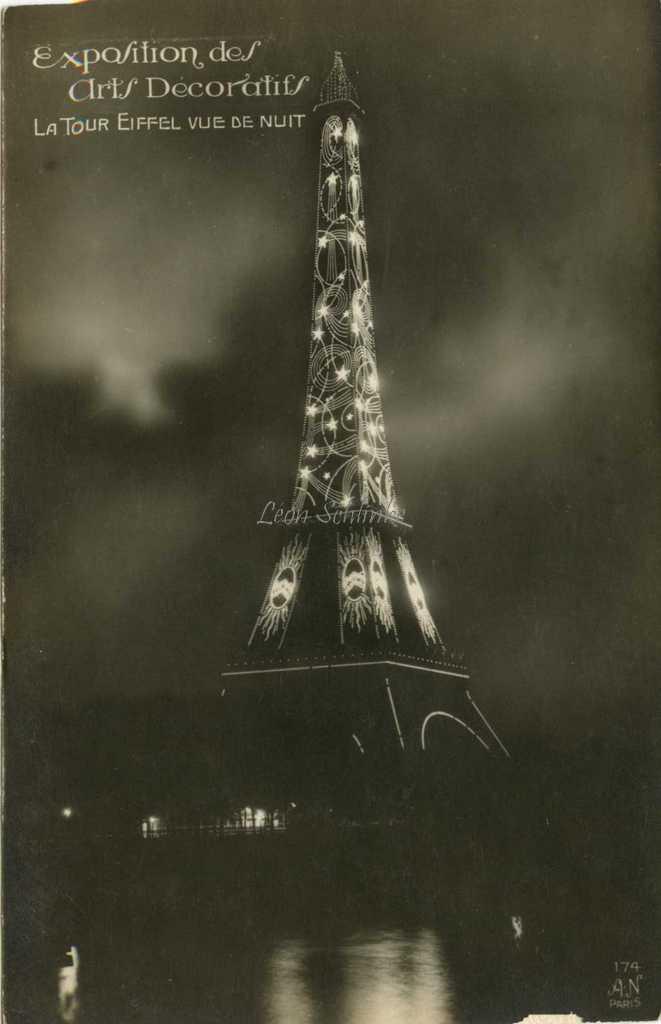 174 - La Tour Eiffel vue de nuit