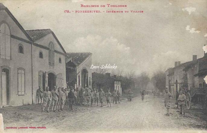 178 - Fonsegrives - Intérieur du Village