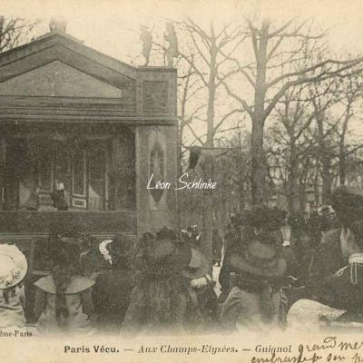 18 - Aux Champs-Elysées - Guignol