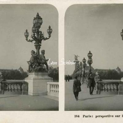 184 - Paris - Perspective sur le Pont Alexandre III