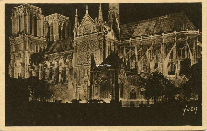 190 - Notre-Dame illuminée