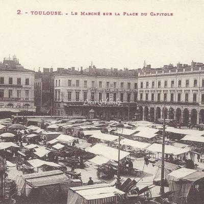2 - Le Marché sur la Place du Capitole