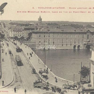 2 - Morin arrivant de Pau sur monoplan Blériot - Pont Neuf