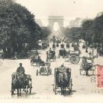 2 - PARIS - L'Avenue des Champs - Elysées.