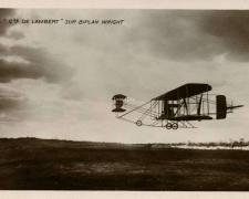 20 - Cte De Lambert sur Biplan Wright