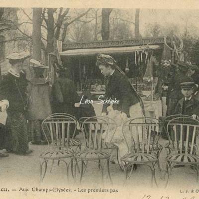 21 - Aux Champs-Elysées - Les premiers pas