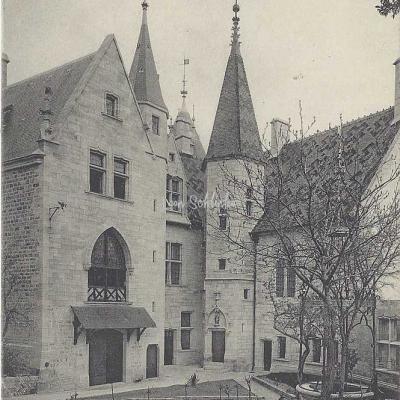 21-La Rochepot - 75 - Le Château (Edit. Bourgeois)