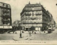 21 - PARIS - La Rue Pergolèse et l'Avenue de la Grande-Armée