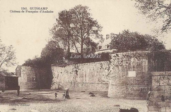 22-Guingamp - Château de Françoise d'Amboise (Hubert 1541)
