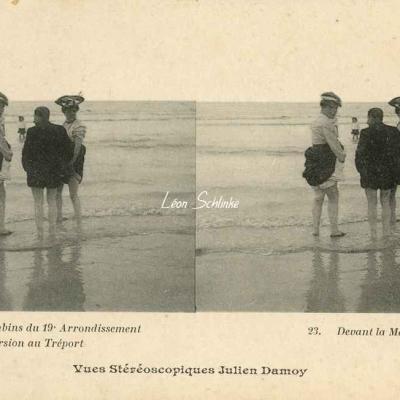 23 - Devant la Mer