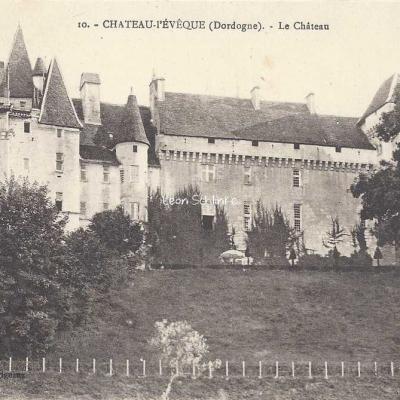 24-Château-l'Evêque - 10 - Le Château (O.Domège)