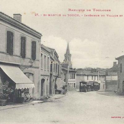 27 - Saint-Martin-du-Touch - Intérieur du Village et l'Eglise
