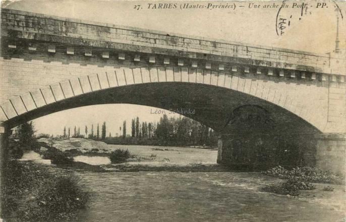 27 - Une Arche du Pont