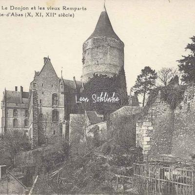 28- Chateaudun - Le Donjon et les vieux Remparts (S.F.P.)
